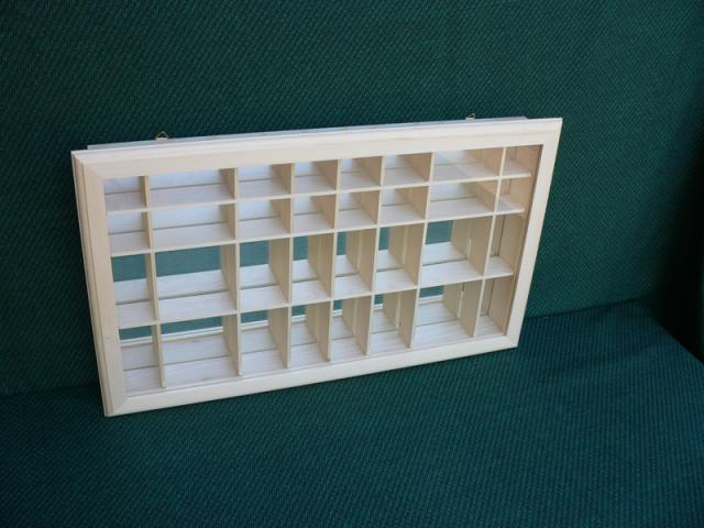 Vitrine miniatures en bois en bois boissellerie cretin - Model vitrine en bois ...